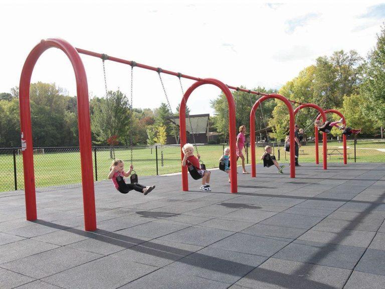 Arch Swings (200122457)