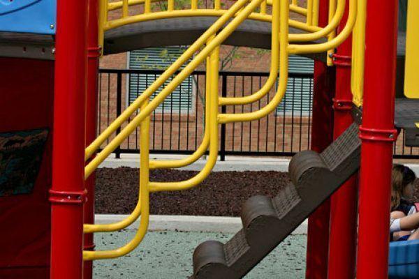 Bumpy Climber (Deck-to-Deck) (200200015)