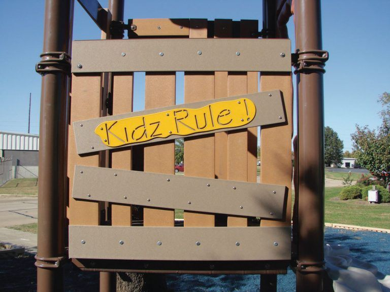 Recycled Treehouse Safety Panel (200202397)