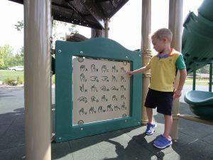Sign Language Panel (200200073)