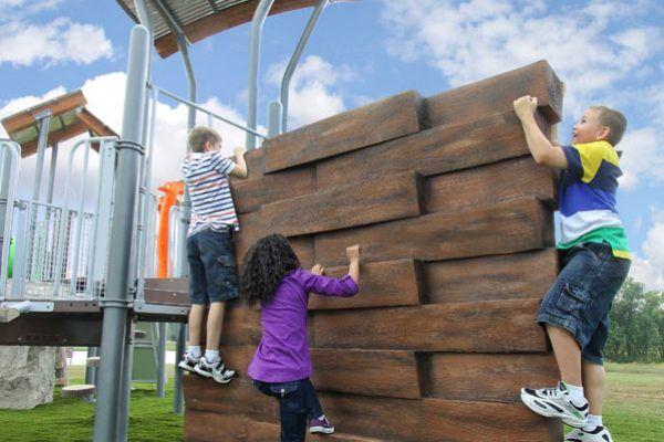 NU-Edge Stacked Timber Climb-Enclosure