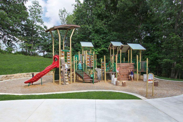 Nature based playground equipment structure