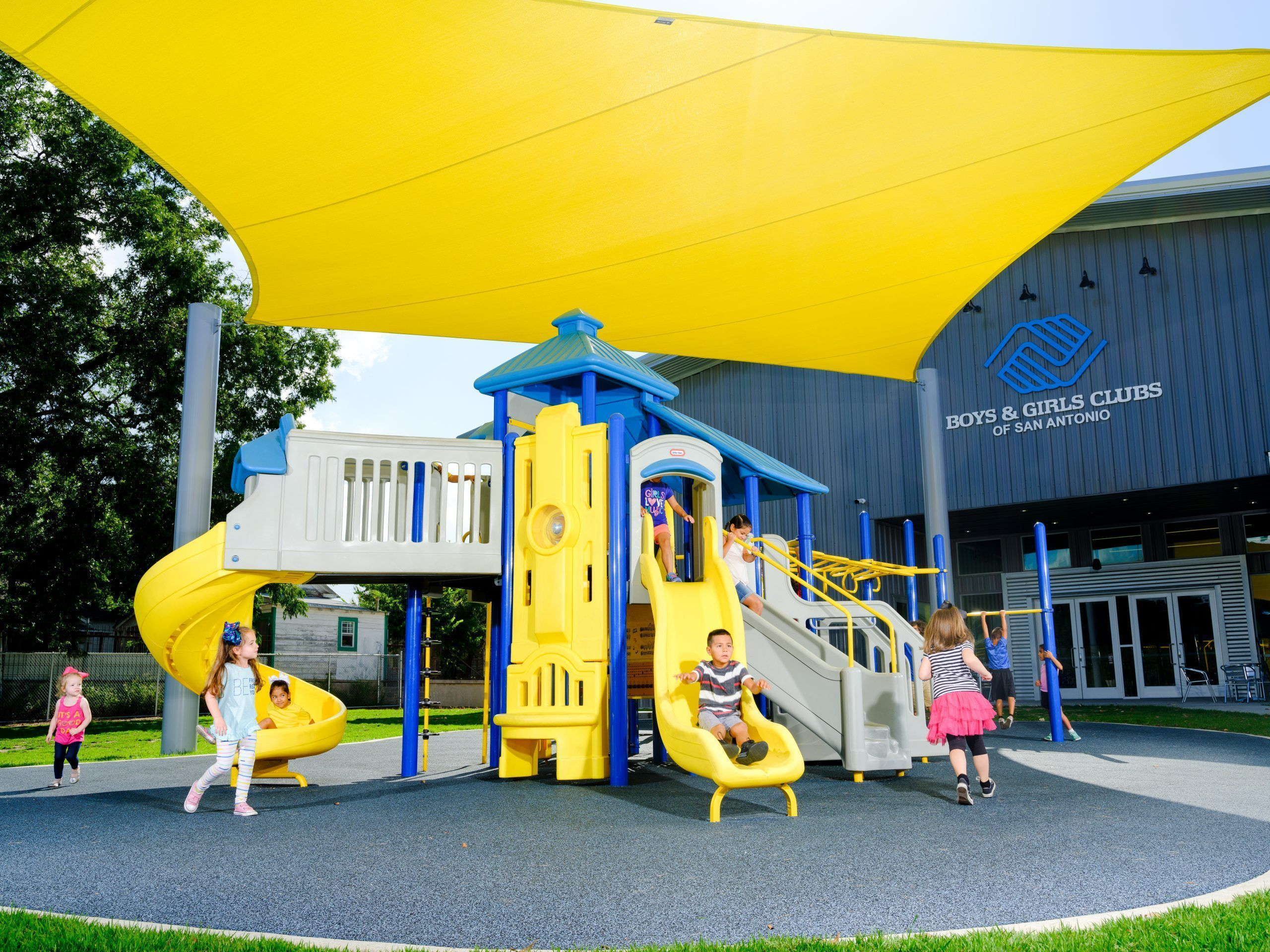 MaxPlay playground structure
